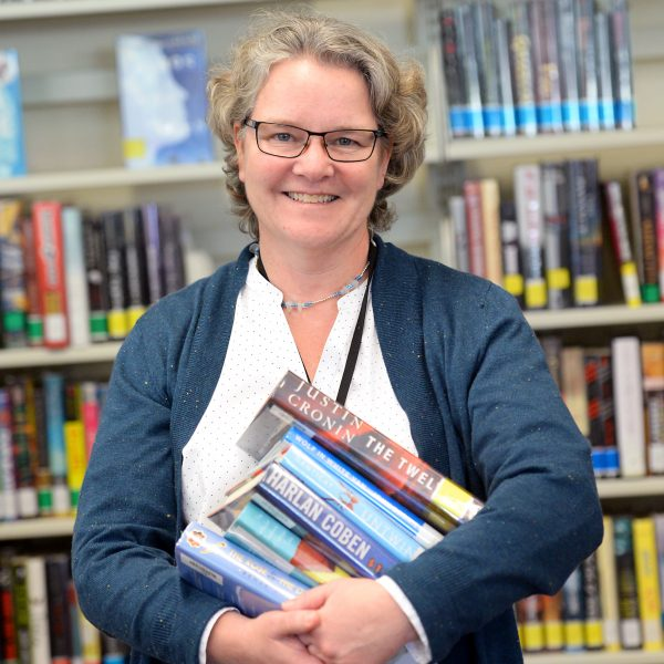 US librarian wins YALSA's Award for Best Literature Program for Teens